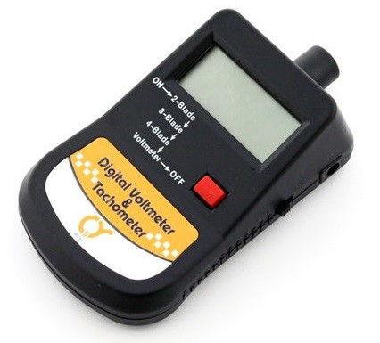 Q-Model digitálny tachometer s voltmetrom