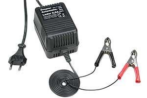 Graupner Automatická nabíjačka 0.6A
