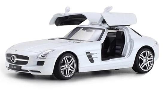 Mercedes Benz SLS AMG 1:24 (kov) - biela