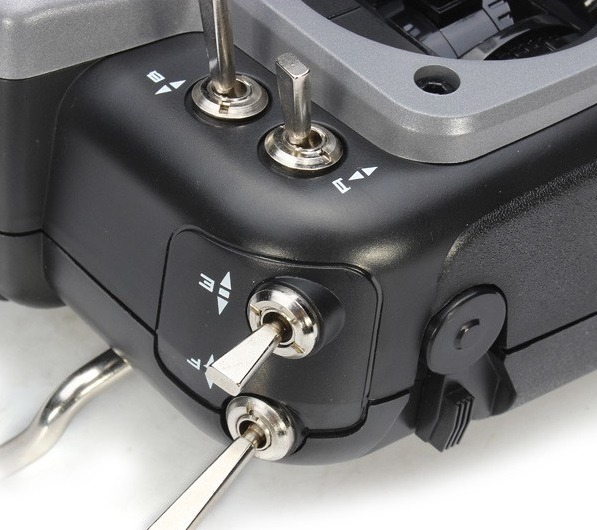 Przełączniki aparatury AT10